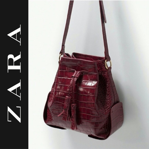 Zara   Croc Embossed Genuine Leather Bucket Bag.  M 5a98434f8290af78843ebb50 36453dc9fe
